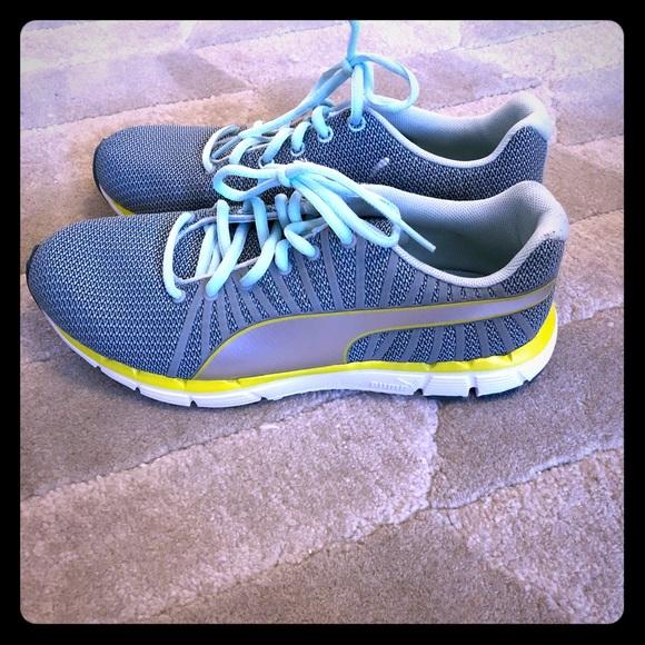 9fa9b9e28d9b8d PUMA Eco Ortholite running shoes. Worn once. M 5aa2f57d2c705ddc1e78088e